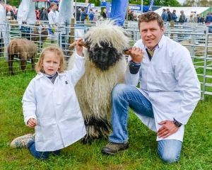 Northumberland County Show Olivia and dad Jamie